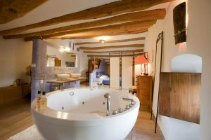 Hotel con jacuzzi privado cataluña