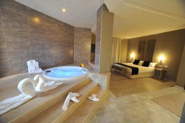 Motel con jacuzzi privado en valencia
