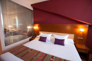 hotel con jacuzzi en pamplona