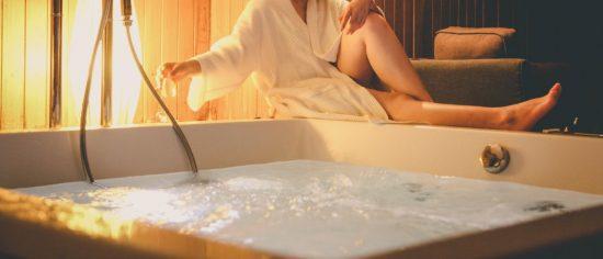 Hotel con jacuzzi en la habitación en España