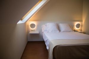 fino hotel con bañera de hidromasaje privada en Sevilla