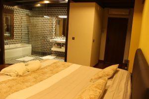 habitaciones con bañera de hidromasaje en ávila