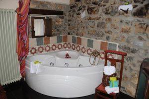 hermoso hotel rural con jacuzzi en león