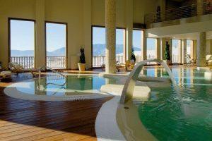 hotel con spa y bañera de hidromasaje privada en Huesca