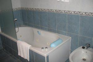 hotel con bañera de hidromasaje en león