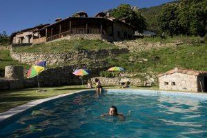 hoteles con piscina de encanto en ávila