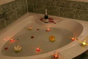 romántico hotel con jacuzzi en Málaga