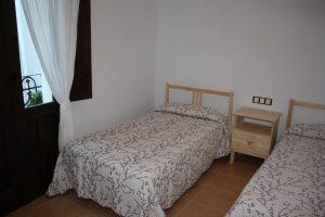 casa rural con jacuzzi en la habitación en Segorbe