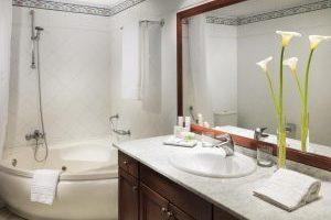 Increíble hotel con bañera de hidromasaje en el baño privado en Tenerife