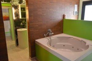 Nuevos apartamentos con bañera de hidromasaje privada en Conil