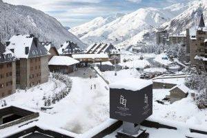 Hotel 5 estrellas con bañera de hidromasaje privada en Baqueira Beret