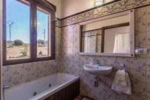 bañera de hidromasaje en casa rural de Badajoz
