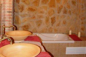 Bañera de hidromasaje en un hotel de Badajoz