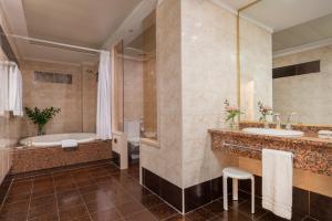 Hotel con bañera de hidromasaje en el centro histórico de Zaragoza