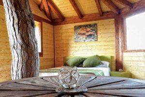 hotel de cabañas en los árboles en Catalunya