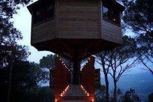 hotel de cabañas en los árboles en Cataluña