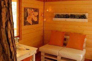 cabaña del árbol familiar en cataluña