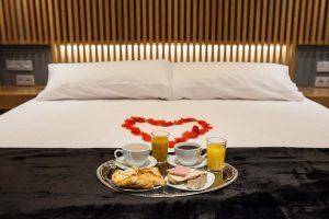 Hotel con jacuzzi en la habitacion en madrid