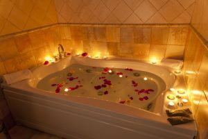 elegante hotel con bañera de hidromasaje privada en Toledo