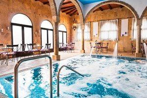 Hotel con jacuzzi y spa en Córdoba