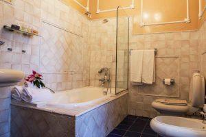 Hoteles con jacuzzi en la habitación en Álava