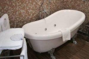 Hotel con bañera de hidromasaje privada en el centro histórico de Jerez de la Frontera