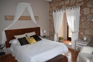 acogedor hotel con bañera de hidromasaje privada en Zaragoza