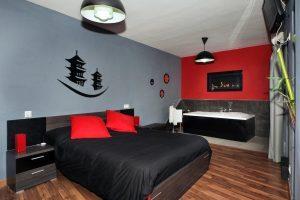 Habitación con jacuzzi privado en Cáceres