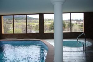 hoteles con piscina en segovia