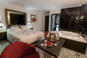 hoteles con jacuzzi en la habitación segovia
