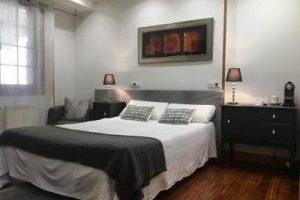 Hotel con Bañera de Hidromasaje en la Habitación