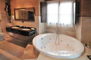 Jacuzzi habitación hotel