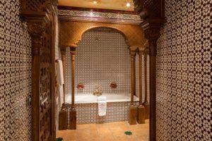 Bañera de hidromasaje en un hotel de Zafra