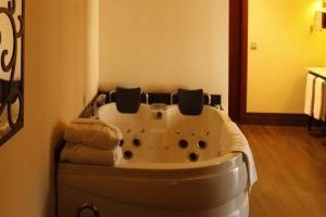 Hotel con jacuzzi privado en Castellón
