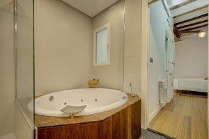 apartamento con jacuzzi privado en valencia