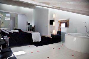 hoteles con bañera de hidromasaje en la habitación en zamora