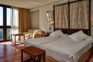 fabuloso hotel con bañera de hidromasaje en Zaragoza