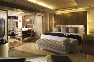 Gigantesco complejo de hotel con bañera de hidromasaje privada en Tenerife