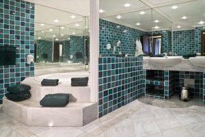 amplios apartamentos hotel con jacuzzi en Tenerife