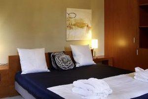 hotel con bañera de hidromasaje privada y jacuzzi en el spa en