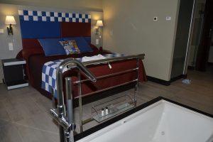 Moderno hotel con bañera de hidromasaje en Toledo