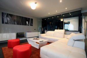 Hotel con jacuzzi en la habitación en Madrid