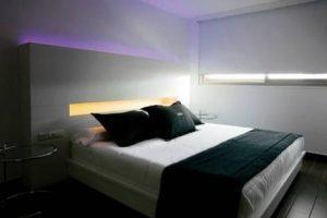 motel 24 horas con jacuzzi en la habitación en Onda, Castellón