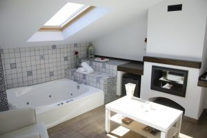 campestre complejo spa con bañera de hidromasaje en San Bartolomé