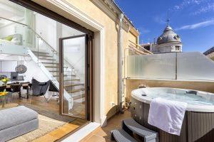Apartamento de lujo con jacuzzi privado en la habitación
