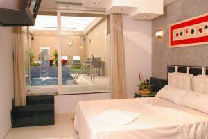 Hoteles con piscina en la habitación en Madrid